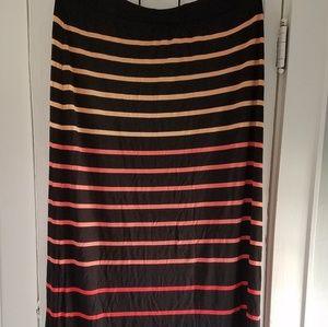 NWT...APT 9 Maxi skirt, pretty colors